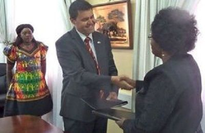 UK and Zambia sign defence cooperation MoU