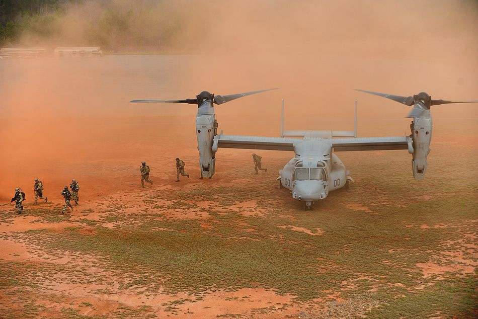 Marine Osprey tilt-rotor aircraft at the Guardian Center training facility on March 11, 2015 - photo USMC