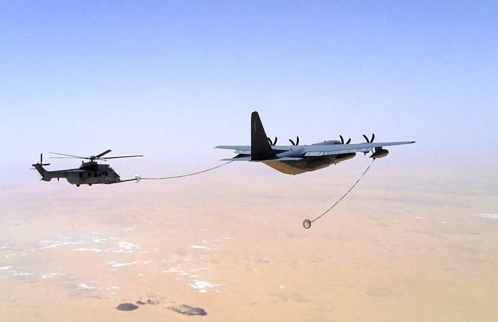 Opération Barkhane: First Operational Helicopter Refueling