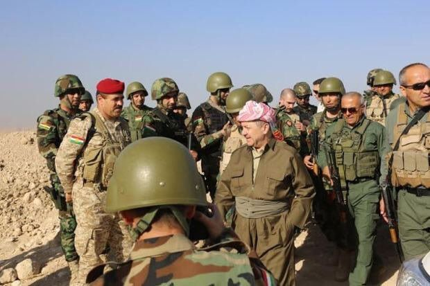President Barzani who personally commands Sinjar liberation is now among Peshmarge in the frontline. Photo Hemin Hawrami