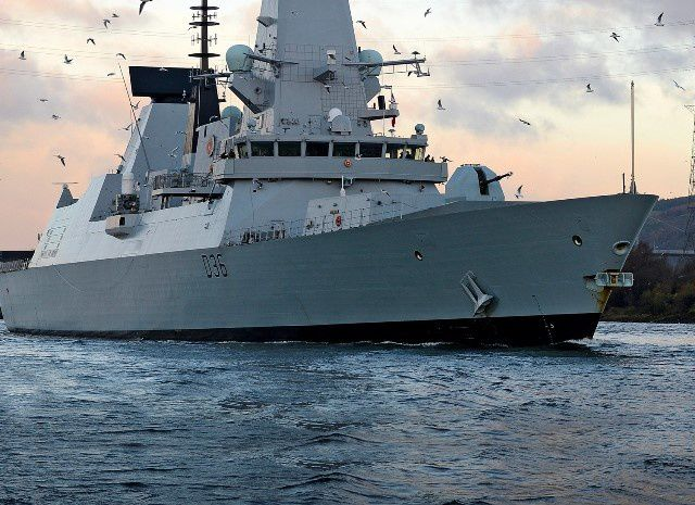 HMS Defender - photo Royal Navy