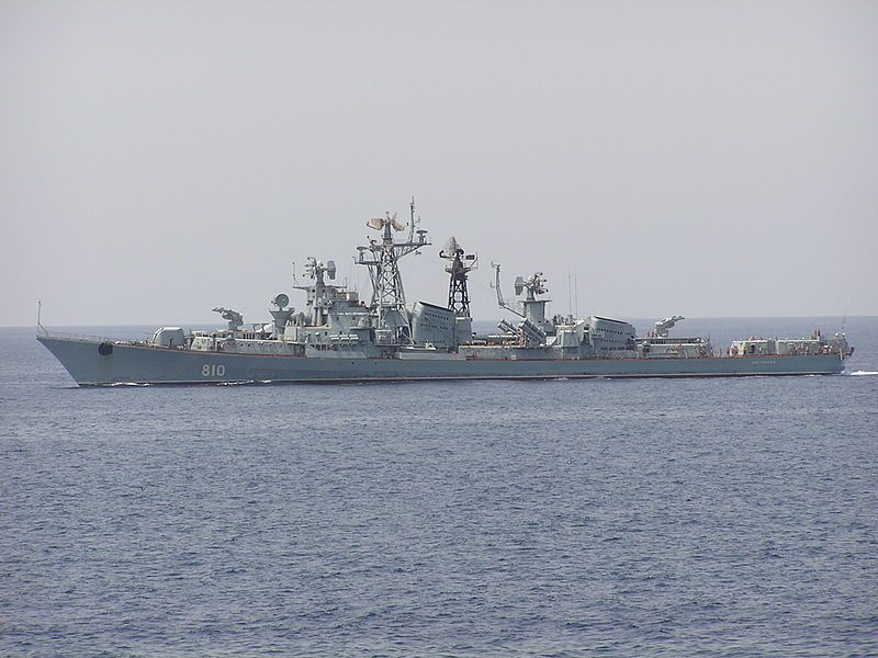 The Russian project 01090 guard ship (fomer project 61 large ASW ship, Kashin class destroyer) Smetlivyy on the Red Sea. - photo Luis Díaz-Bedia Astor