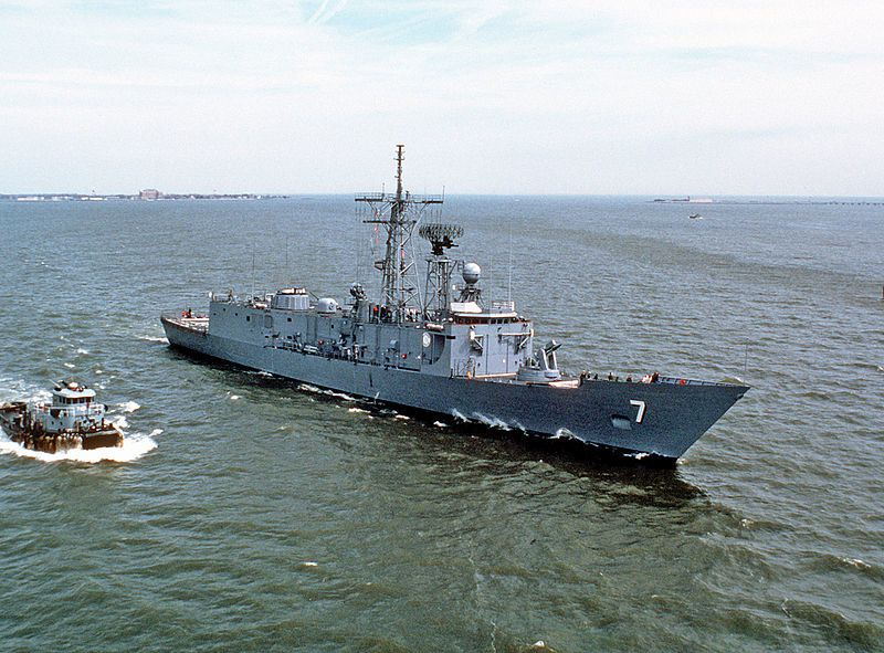 USS Oliver Hazard Perry (FFG-7) - photo US Navy