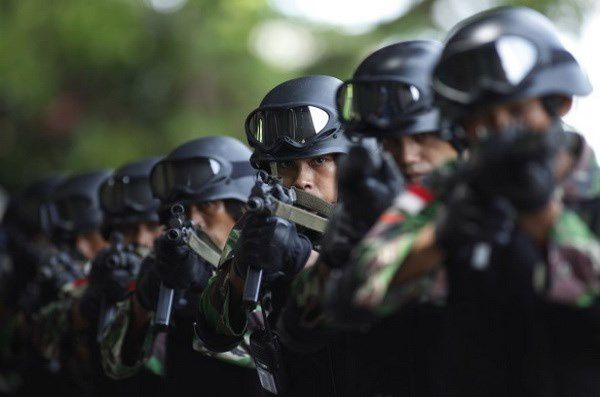 Indonesian counter-terrorism police (Photo atimes.com)