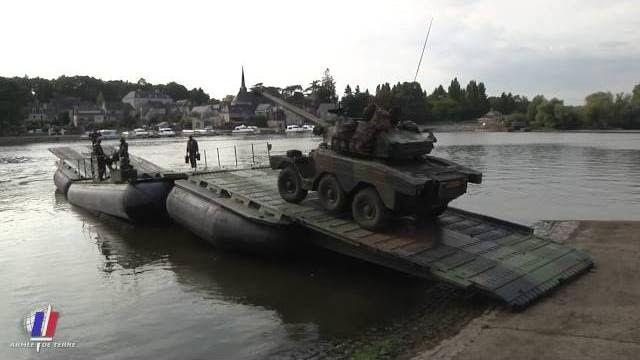 Exercice Galliéni, un escadron blindé sur la Mayenne