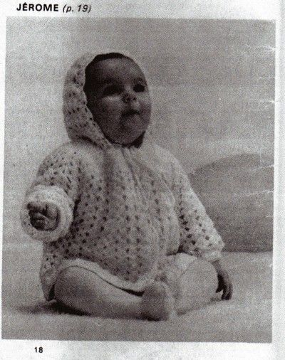 Layette: robe et paletot au crochet