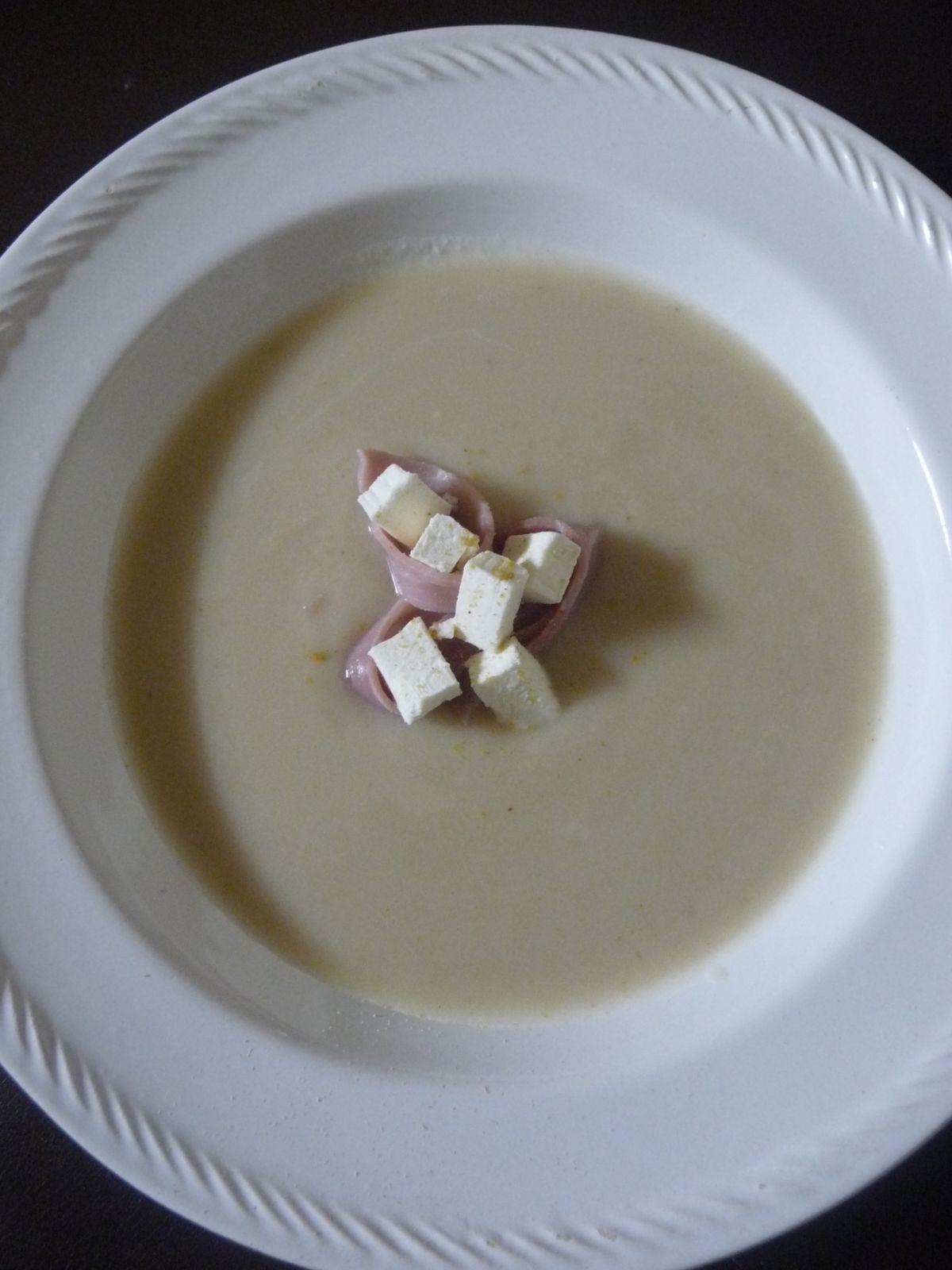 Potage de chou-fleur aux gingembres.