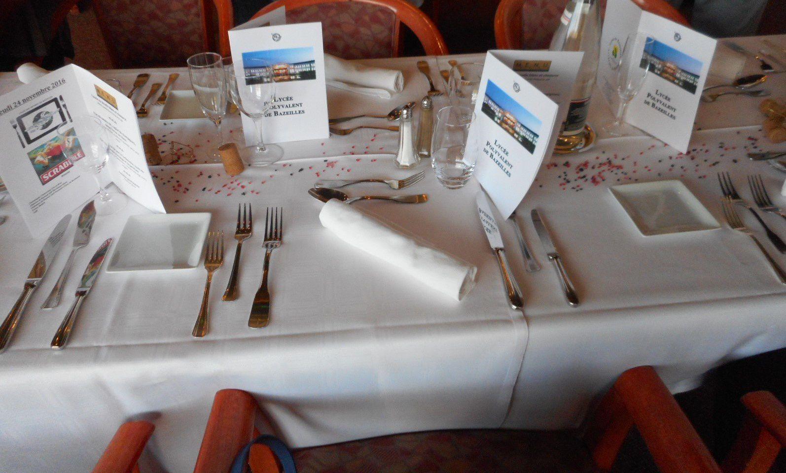 un bon et beau restaurant à Bazeilles