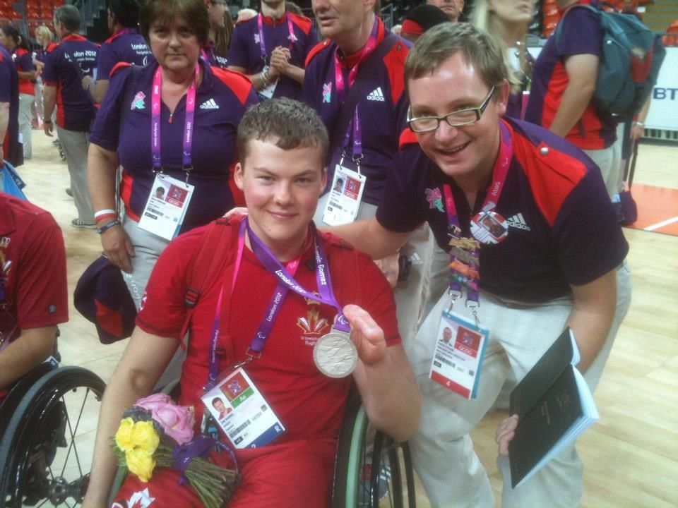 Avec Zak Madell, joueur de rugby-fauteuil, qui a remporté une médaille d'argent pour le Canada. With Zak Madell, wheelchair rugby player, who claimed a silver medal for Canada