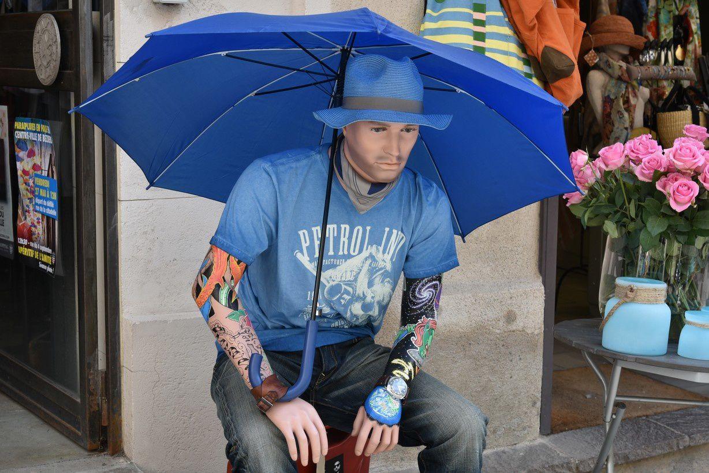 Les parapluies... de Béziers