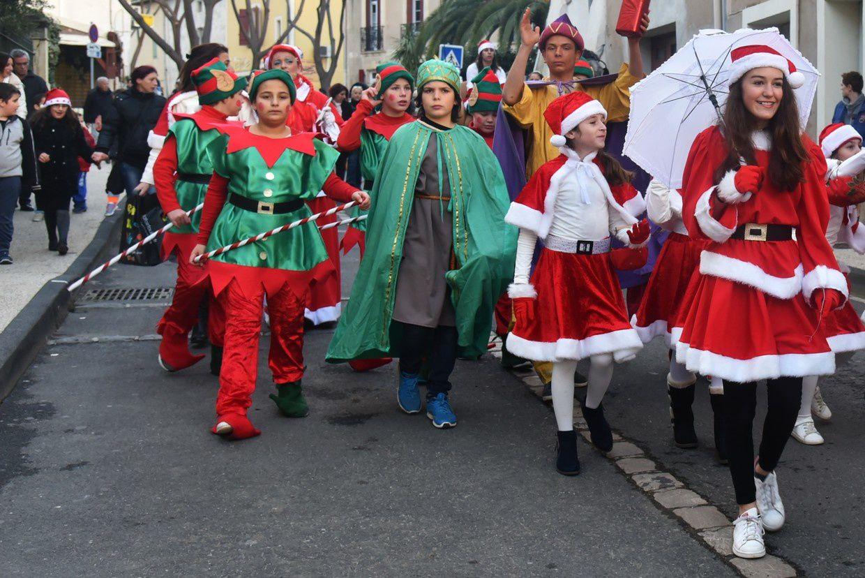 Défilé et arrivée du Père Noël