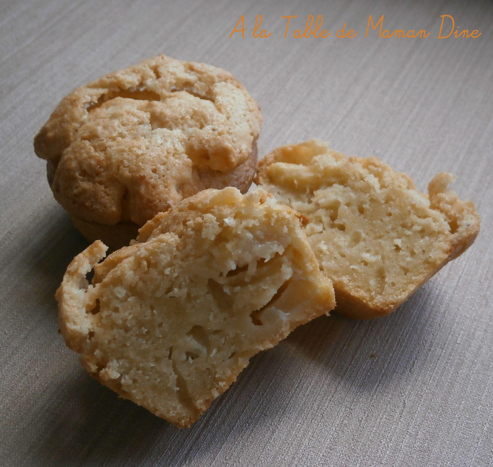 Gâteau moelleux et croustillant aux poires et aux amandes de Mamina