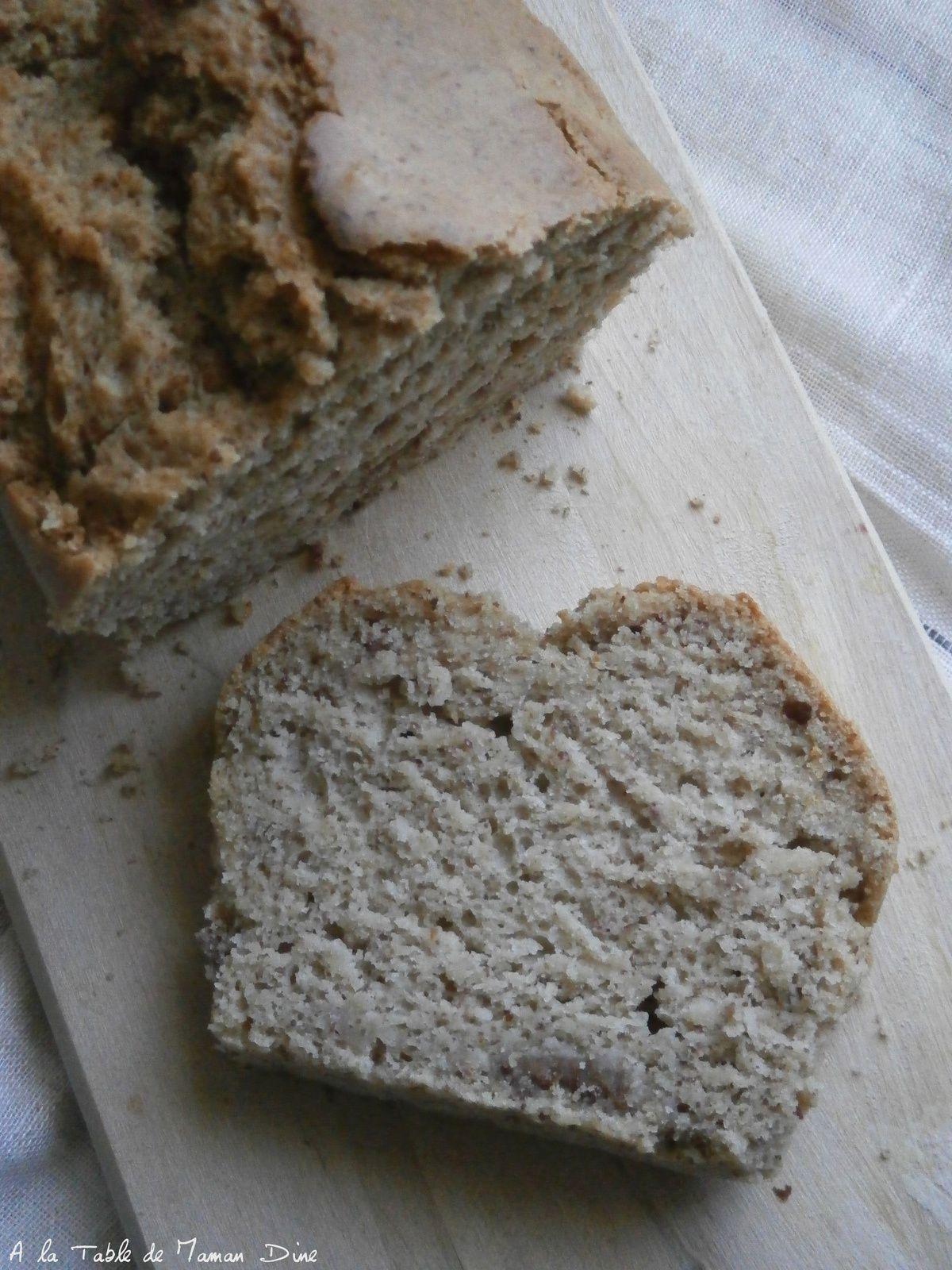 Cake sucré végan aux amandes &amp&#x3B; noisettes