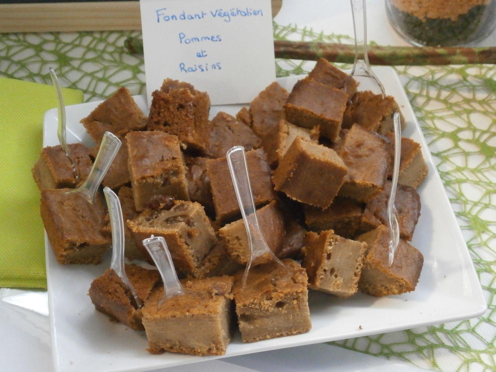 Cake automnal Pomme et raisins secs ~ recette végane ~