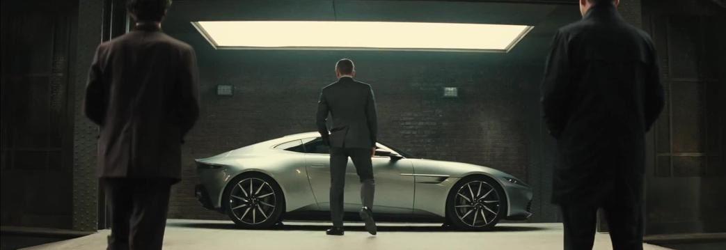 DB10 au service de 007 !