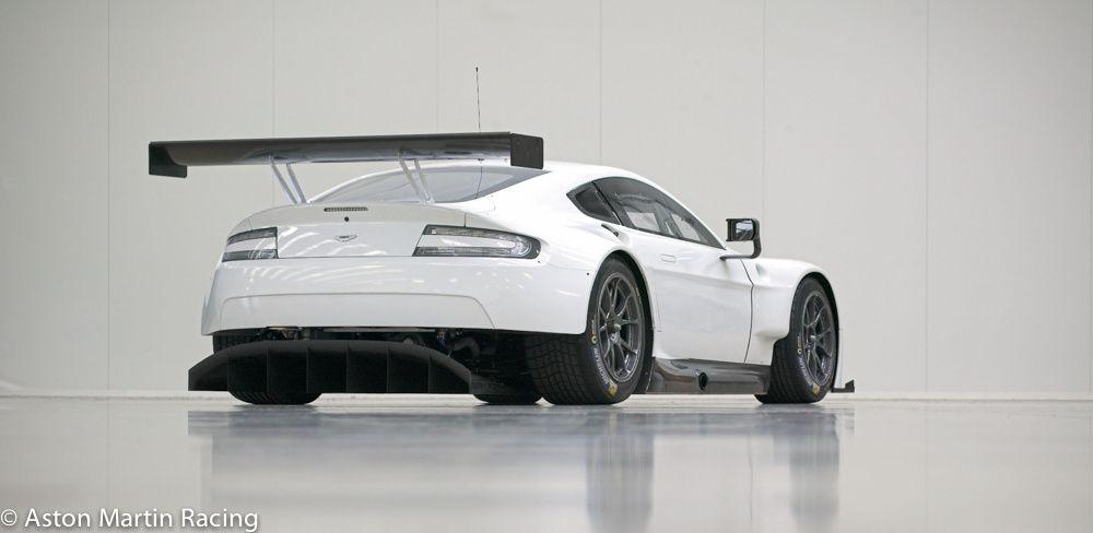 Aston Martin V8 Vantage GTE 2016