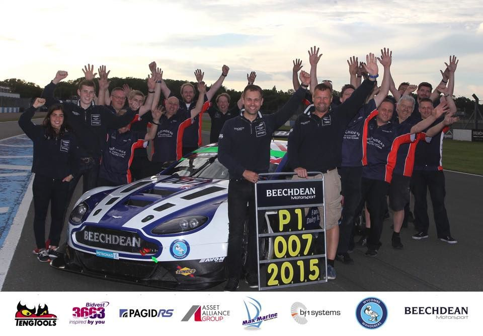 BEECHDEAN AMR : Champion British GT 2015 !