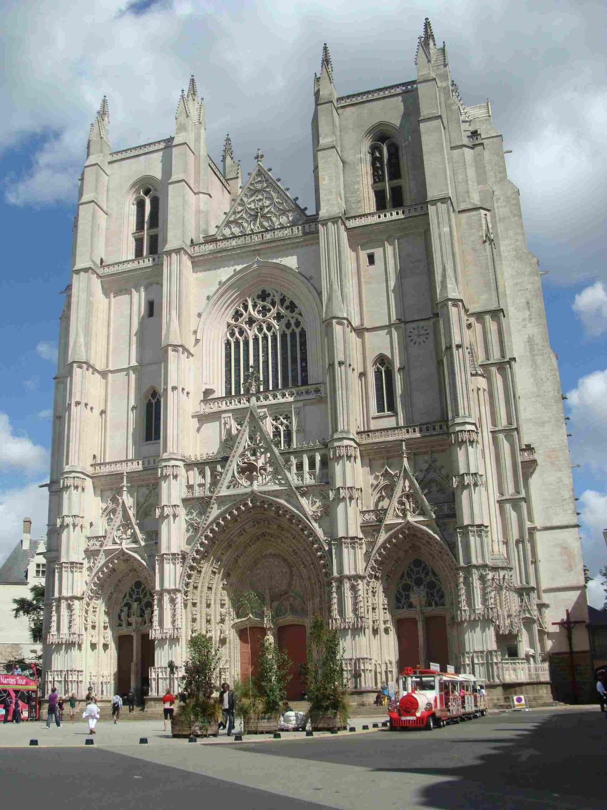 Nantes, la Cathédrale St Pierre et St Paul