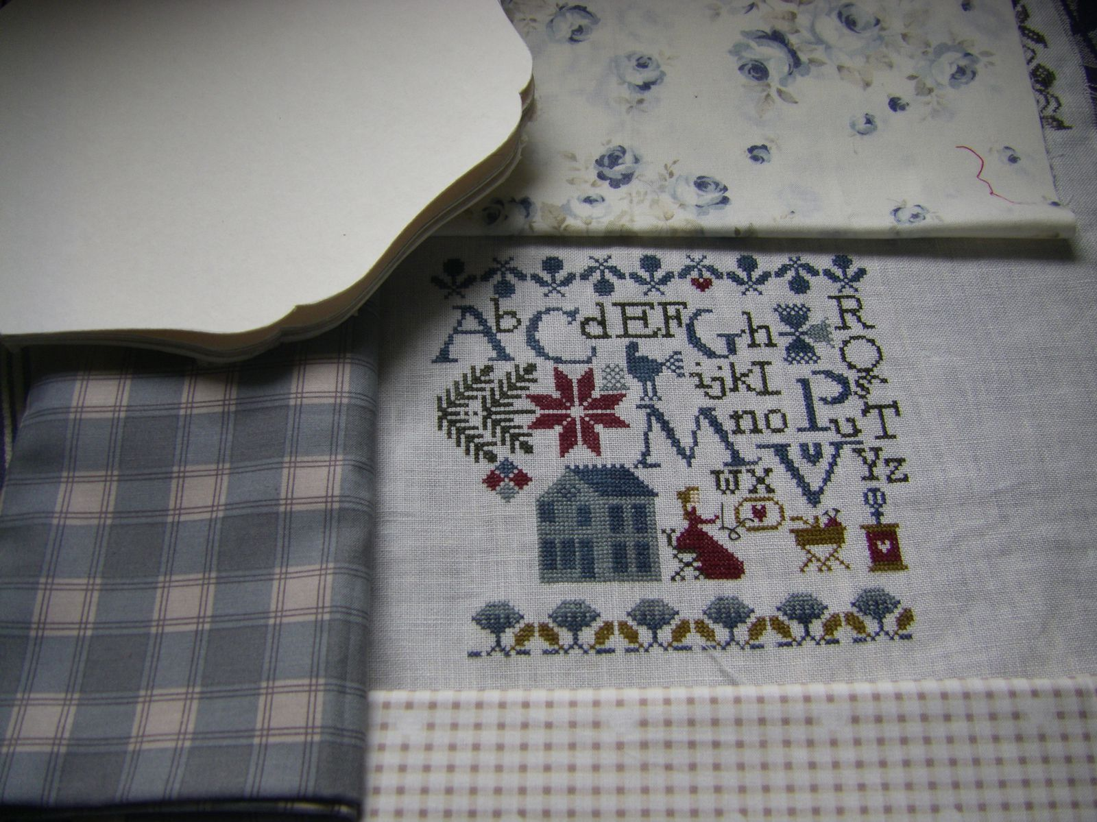 N° 2  Projet cartonnage broderie