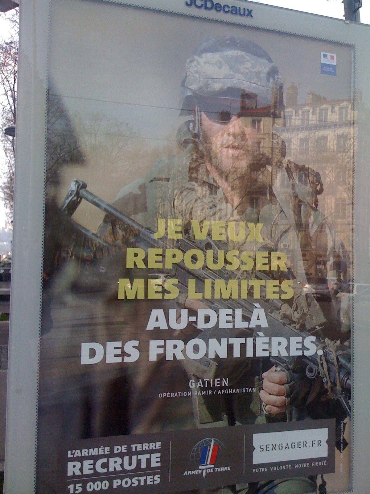 La pub à l'aide des menées impériales de l'armée française