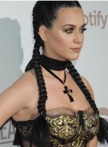 Les tresses de la honte de Katie Perry (Katie Perry's Shameful Plaits)