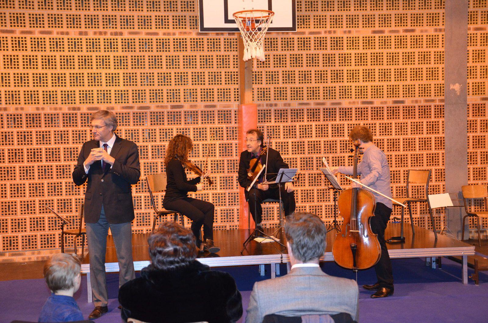 Concert Mellits au gymnase St Eloi du 3 décembre 2016