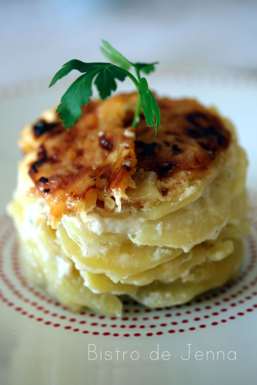 gratin de pommes de terres cr me l 39 ail et gorgonzola bistro de jenna. Black Bedroom Furniture Sets. Home Design Ideas