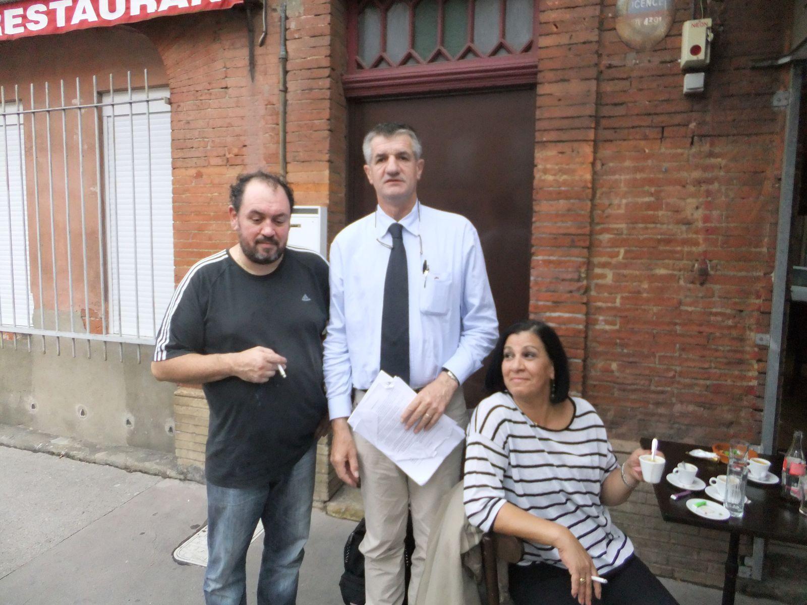 """avec le tenancier de """"la cantine du gros"""" et Malika Aradj (conseillère municipale et déléguée à Toulouse Métropole)"""