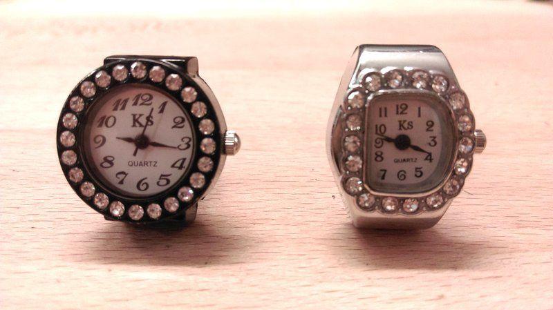 Mes nouvelles bagues montres 5€ les 2 sur le marché de Tarbes