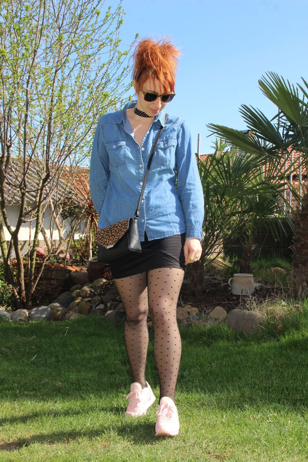 Mini jupe et chemise en jean