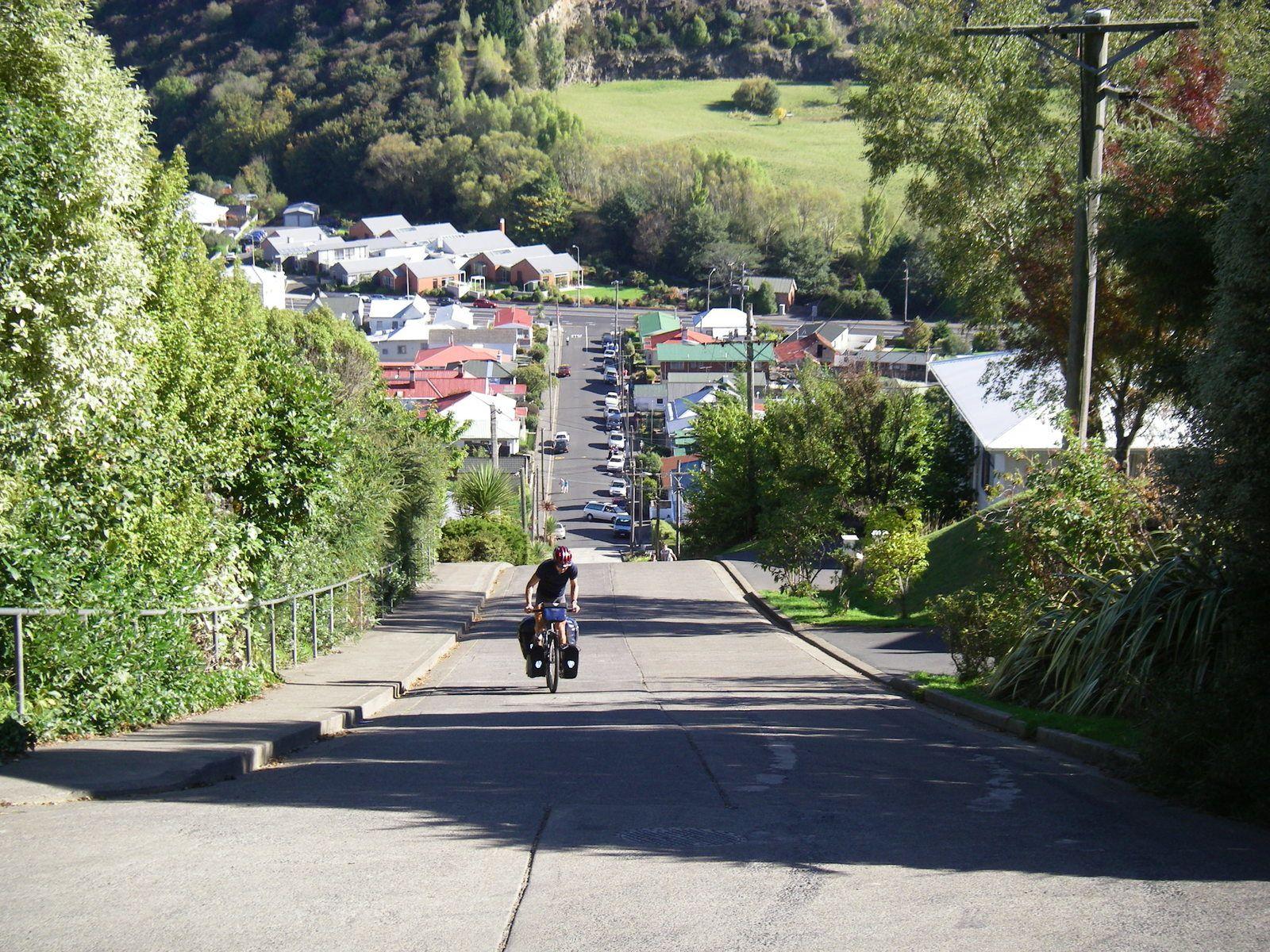 Il y a un CLM vélo organisé chaque année si vous âtes intéressé.