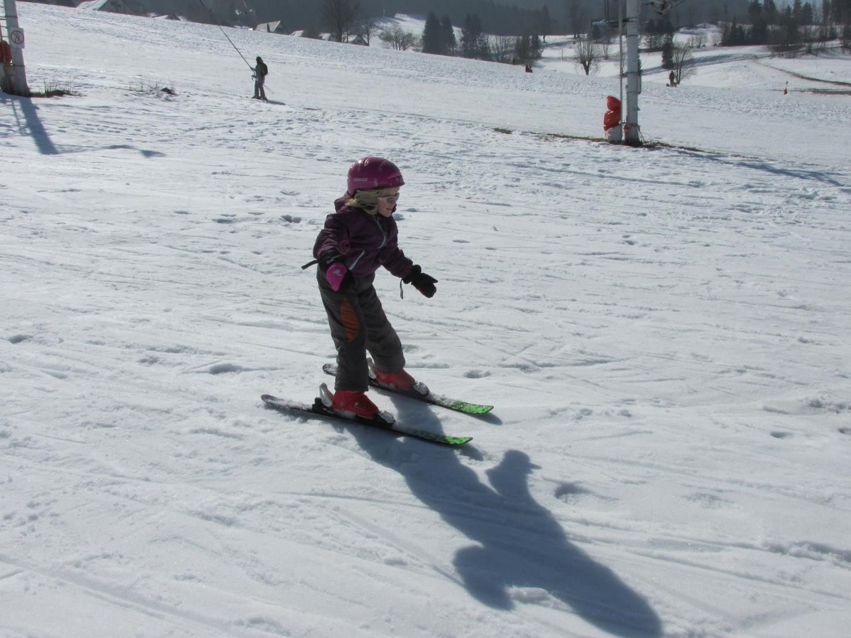 Margaux bien concentrée sur ses skis