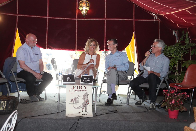 William McIlvanney  était cette année l'invité d'honneur du Festival International du Roman Noir, à Frontignan. Voici une photo prise lors d'une table ronde avec Michel Quint.