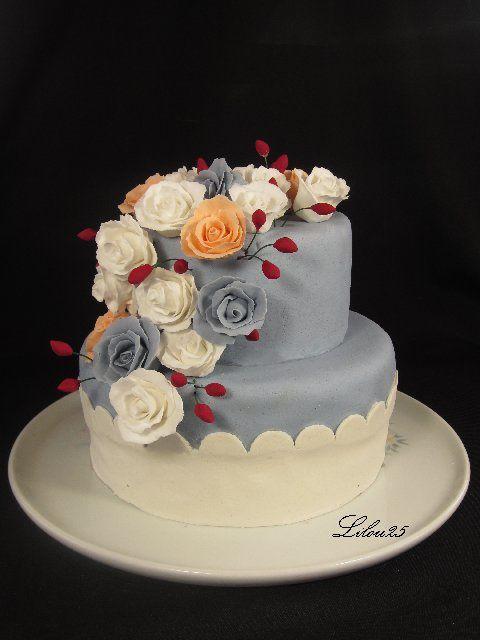 Gâteau 2 étages fleuri