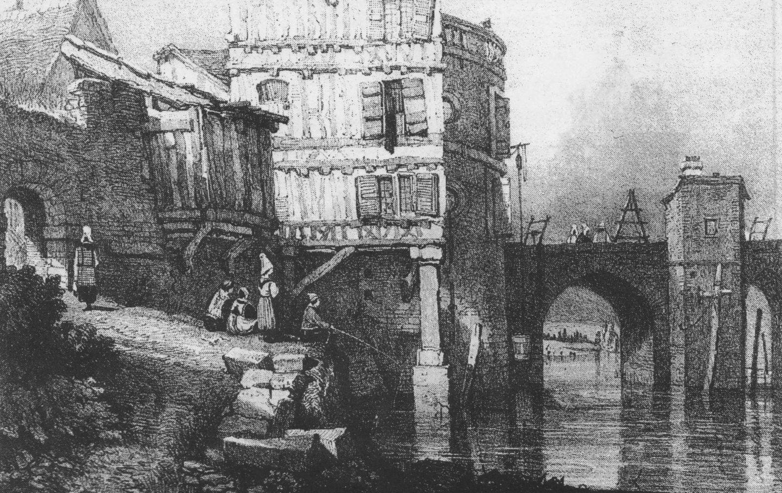 La poterne de la Grande chaussée, tout à gauche de ce dessin anonyme du début du XIXe siècle, se trouve en bas de l'actuelle rue Abbaye-sans-toile, derrière le Crédit agricole. Au centre, une des deux tours de la porte de Rouen et le logis construit autour.