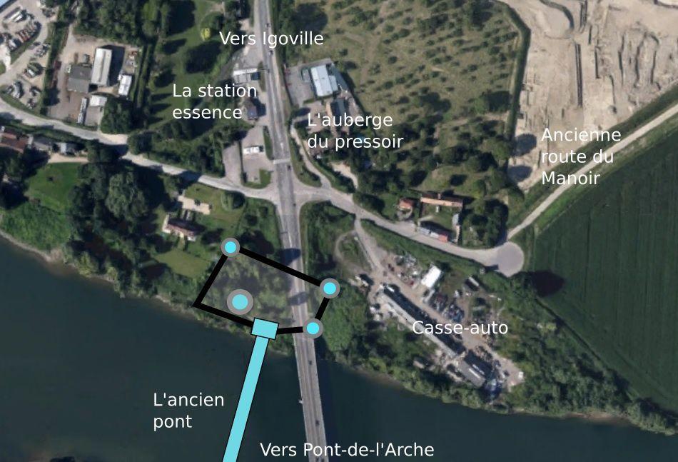 Pour localiser plus précisément ce châtelet disparu, nous avons dessiné sur la vue satellitaire de Google earth quelques tours, les remparts et le corps de garde contrôlant l'accès nord du pont.