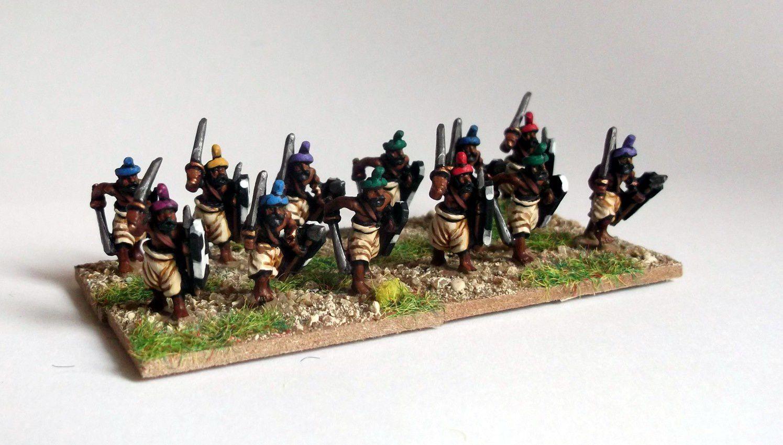 Fantassins et archers indiens (encres et peintures acryliques)