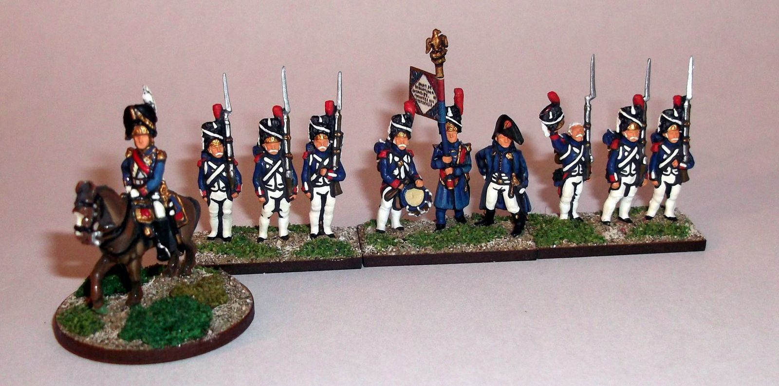 Le général Dorsenne et le 1er régiment de grenadiers à pied de la Garde Impériale (figurines AB)