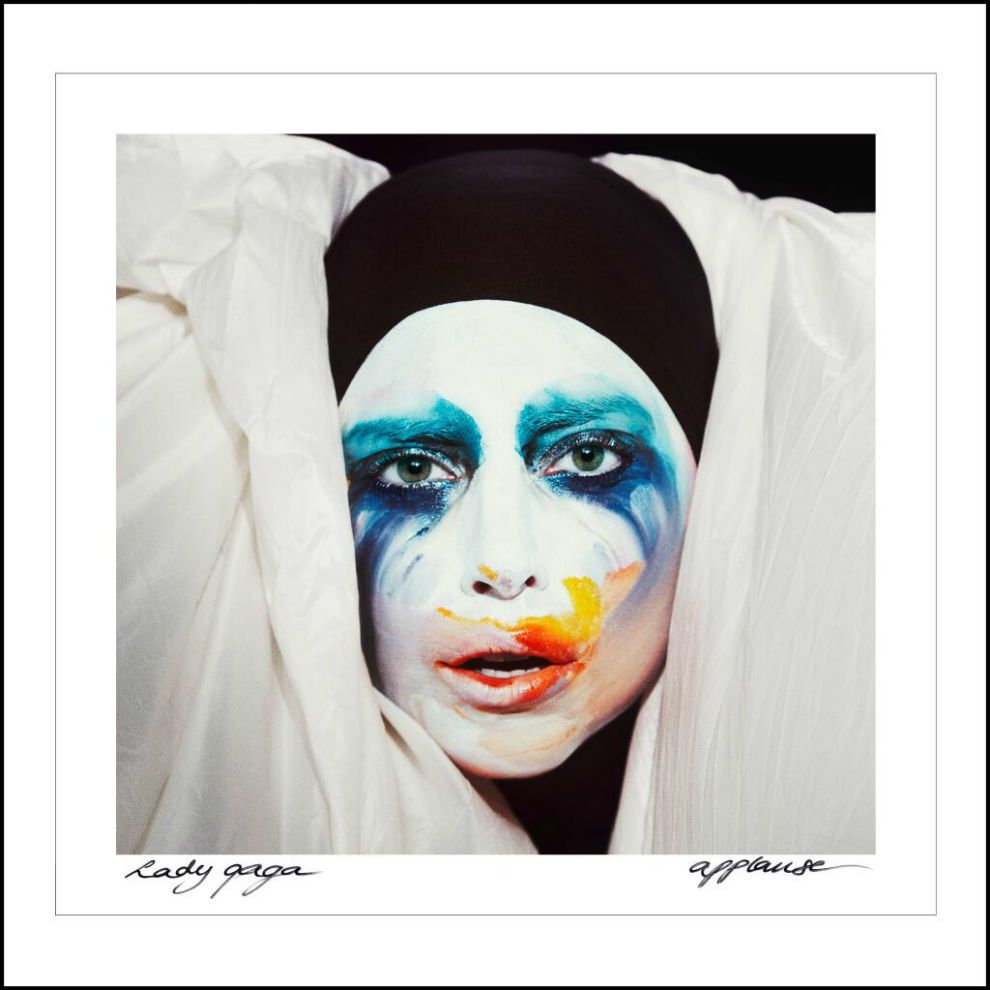 Remix : Lady Gaga - Applause (DJ White Shadow Trap Remix)