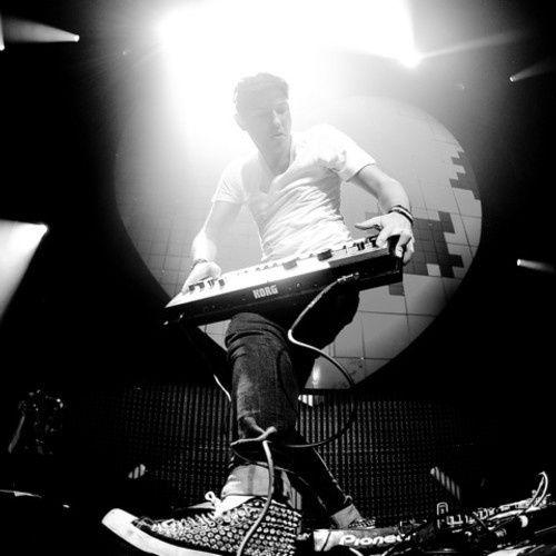 Bootleg : Prodigy Vs Clockwork - Breath Fire (Quentin Mosimann Bootleg)