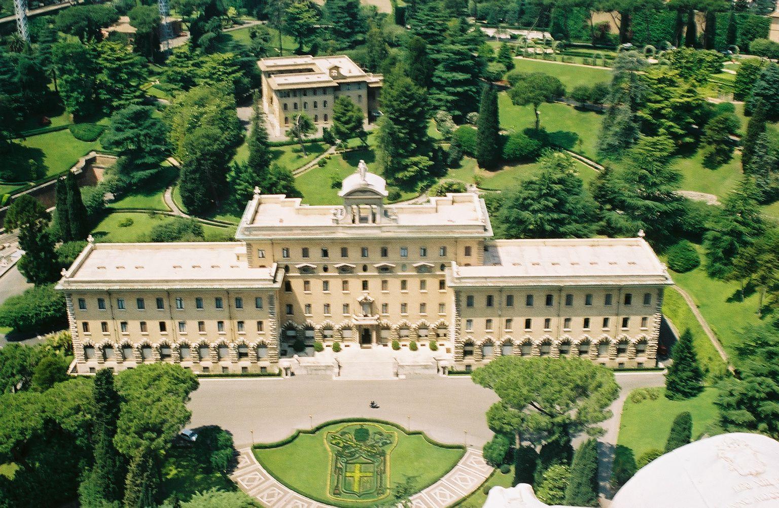 Le Vatican demande un audit de son gouvernorat à Ernst & Young