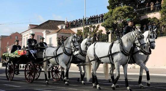 Le Portugal rend un ultime hommage à Mario Soares