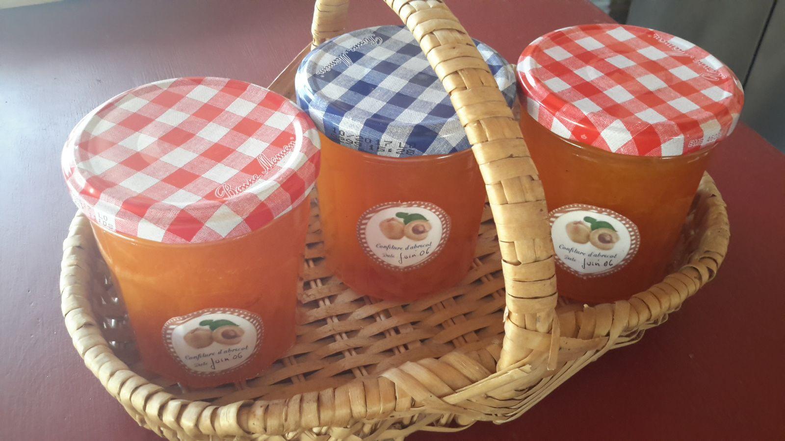 confiture  d'abricots vanillée