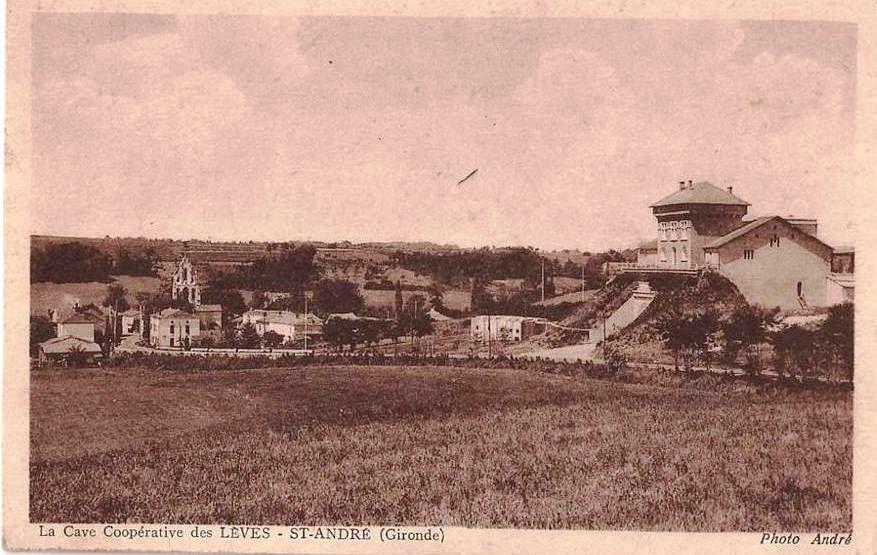 LES LEVES (Gironde) : La cave coopérative de vinification.