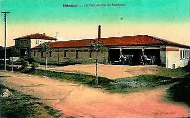 Coopérative agricole de distillation de Fabrezan (Aude), créée en 1910.