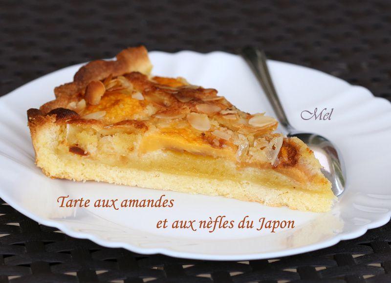 Tarte aux amandes et aux nèfles du Japon