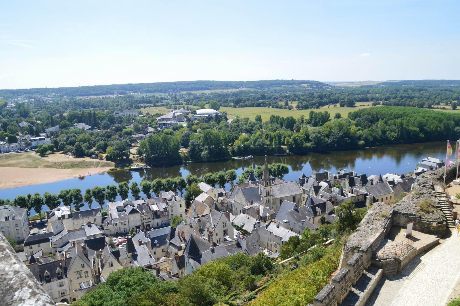 Les châteaux de la Loire (10) Le château de Chinon