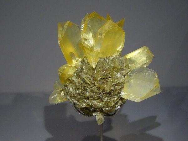 GYPSE  Sulfate – CaSO4.2H2O  Winnipeg, Manitoba, Canada