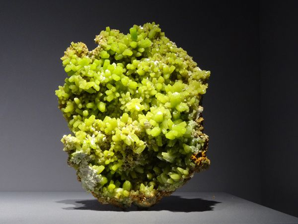 PYROMORPHITE  Phosphate – Pb5(PO4)3Cl  Daoping, Guilin, Chine