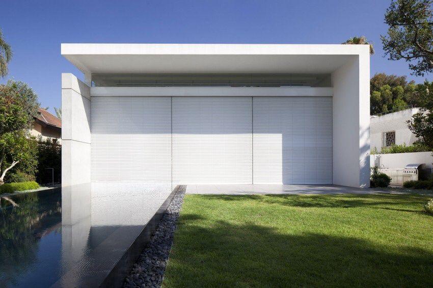 Israel House 13 by Pitsou Kedem Architects